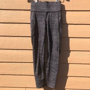 Lululemon black and grey leggings
